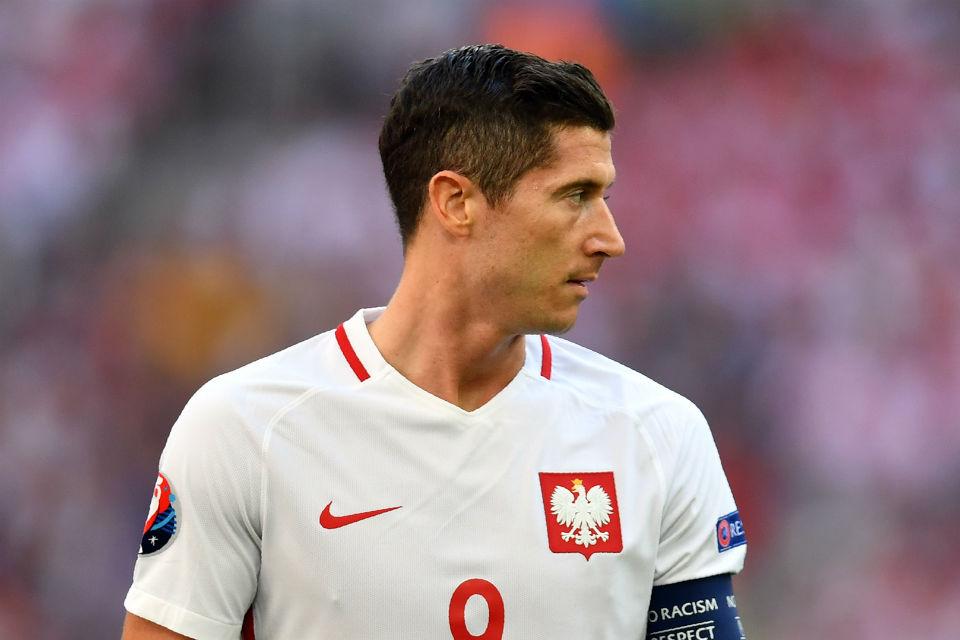 Robert Lewandowski tak tampil bersinar bersama timnas Polandia