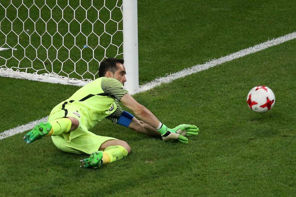 Bravo tampil fantastis dalam laga kontra Portugal